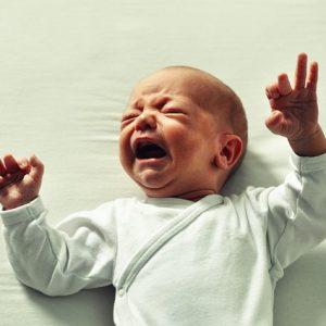 pleurs nourrisson ostéopathie