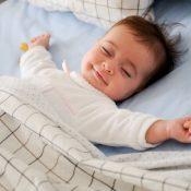 ostéopathe bébé tete plate