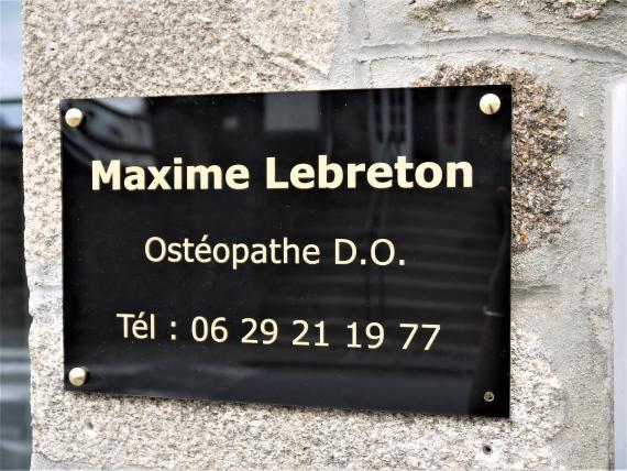 Ostéopathe - Plerguer - Maxime Lebreton